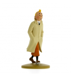 Tintin wearing his coat